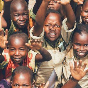 アフリカで深刻な貧困の状況は?原因や解決策、必要な支援について解説