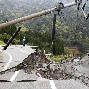地震に備えて準備するべきこと、防災グッズは?