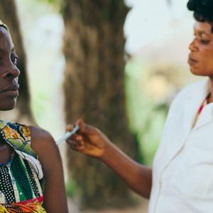 妊産婦の死亡率が高いアフリカではどんな対策が必要?行われている支援とは