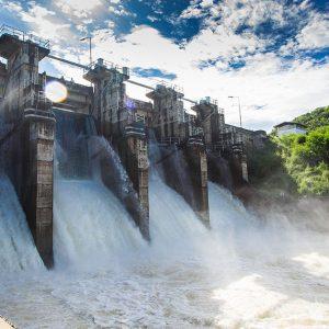 西日本豪雨でダムを放流した理由やその後の影響とは