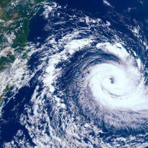 2019年、台風19号により計画運休となった路線やその背景とは
