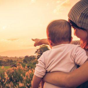 シングルマザーの資格取得を支援!国が行う自立支援給付金事業とは?