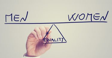 SDGs目標5「ジェンダー平等を実現しよう」の取り組み内容とは?