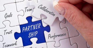 SDGs目標17「パートナーシップで目標を達成しよう」の取り組み内容とは?