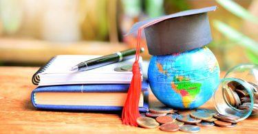 奨学金の給付型とは?授業料などが免除・減額される?