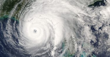 地球温暖化が台風の発生に関係している?そのメカニズムとは