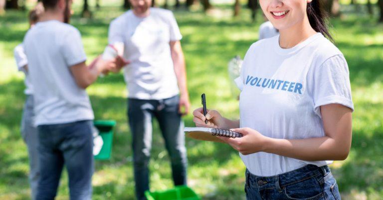 社会貢献の具体例、個人でできる活動について知っておこう!