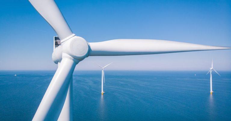 風力発電所はどんな場所にある?日本の電力における割合も紹介