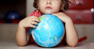 世界のなかで児童労働が多い国や地域をランキングで紹介